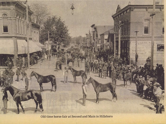 Image of main street horse auction
