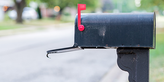 Open Mailbox with Red Flag Up thumbnail